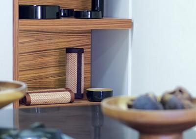 chill: ξύλινα στοιχεία από καπλαμά zebrano πάχους 5 εκατοστών